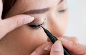 eyeliner-causes-sties