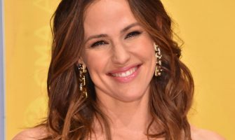 Jennifer Garner's Secret To Never Missing A Workout Is Smart AF